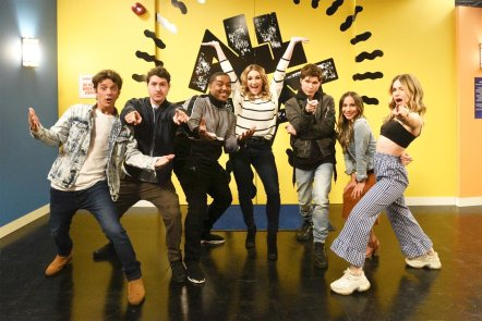 Zoey 101  CR: Bonnie Osborne/Nickelodeon